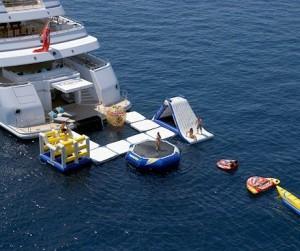 """Yacht """"Titania"""" – 237ft"""