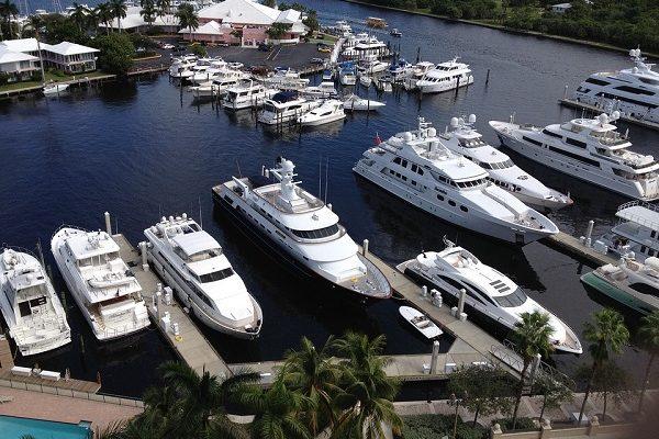 professional yacht broker